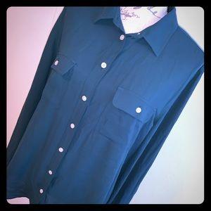 🎄LOFT Long Sleeve Button Down🎄